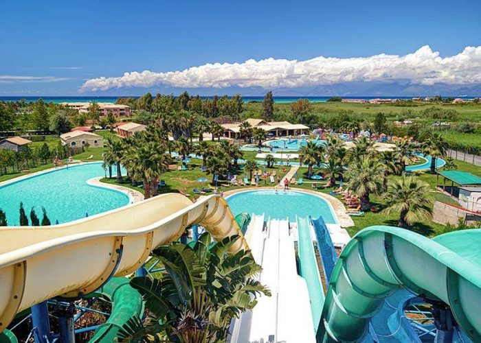 Day tour Aqualand waterpark in Corfu